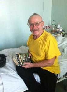 Избитый Беркутом чувак, который просил книгу про Махно и получивший ее от одного из активистов